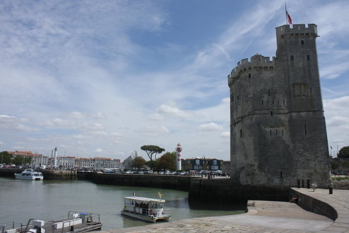 Another view of Le Vieux Port, La Rochelle, France during the daytime (2010) | Photo by NTZ